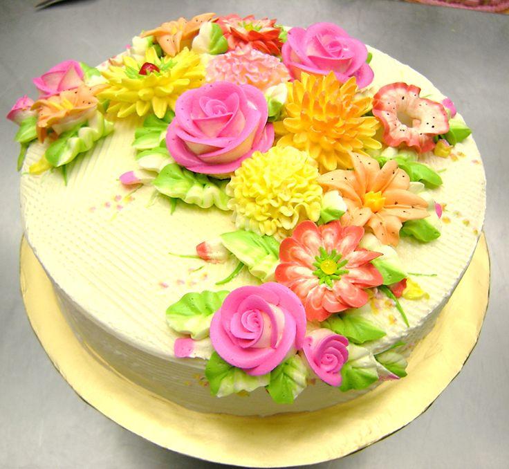 Cake Decorating With Buttercream Flowers : buttercream flowers cakes Pinterest