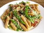 penne with asparagus and mushroom in a gorgonzola sauce and chorizo ...