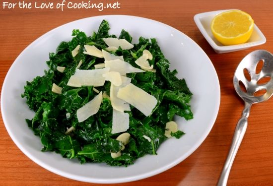 Lemon garlic Kale saute- http://www.fortheloveofcooking.net/2013/01 ...