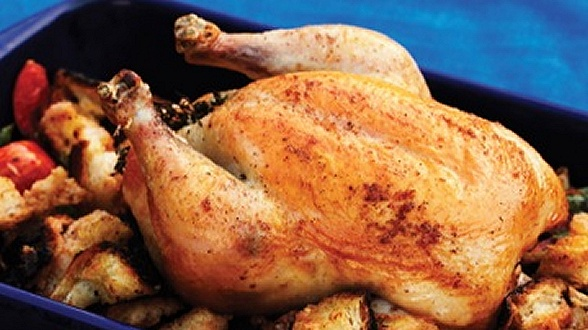 Sunday roast chicken. Good tips on how to cook the chicken so tender ...