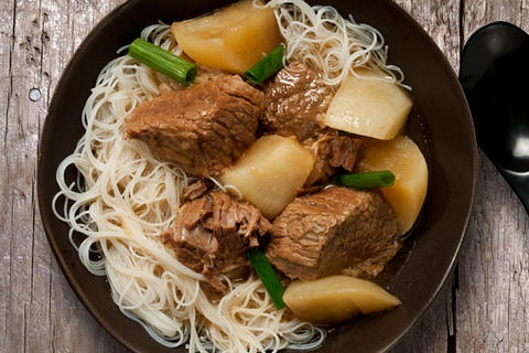 Chinese Brisket and Turnip Stew (slow cooker)