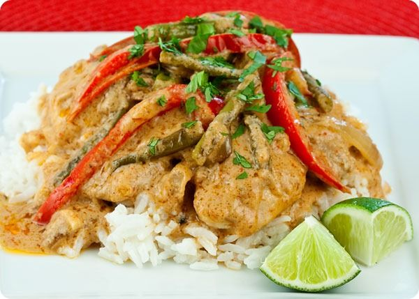 Chicken with peanut curry sauce