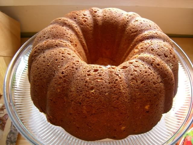 Cook, Pray, Love: Cream Cheese Pound Cake with Strawberry Coulis