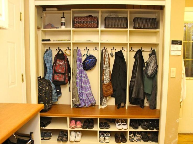 Shoe And Coat Cubby Storage Design Ideas Laundry Room