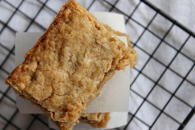 Maple Walnut Blondies | Recipe