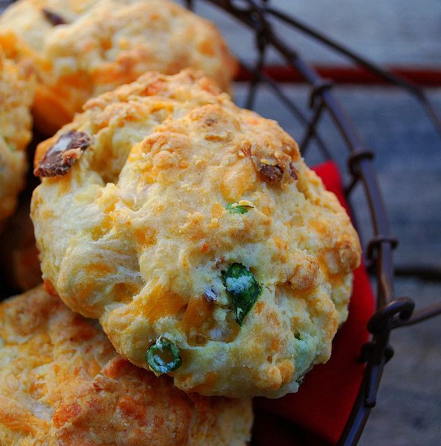 Cheddar, Bacon and Chive Biscuits | Six Degrees of Bacon | Pinterest