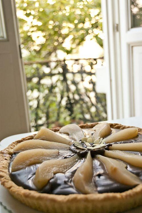 chocolate pear tarte | MOUTHGASM | Pinterest