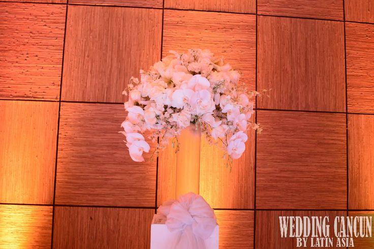 #tall #deluxe #white #arrangement #floral #decor #weddingcancun by #latinasia