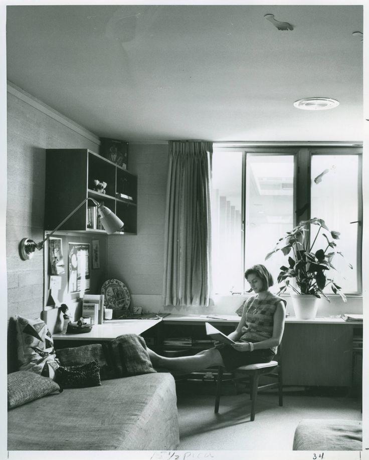 Smart Spaces Vintage Dorm Rooms of Our Dreams ~ 020827_Vintage Dorm Room Ideas