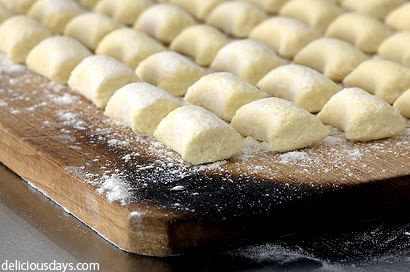 Gnocchi for beginners. A basic guide for ricotta gnocchi (which, by ...