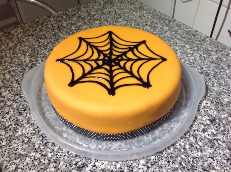 Chocolate cake halloween easy cake pinterest for Easy halloween cakes to make at home