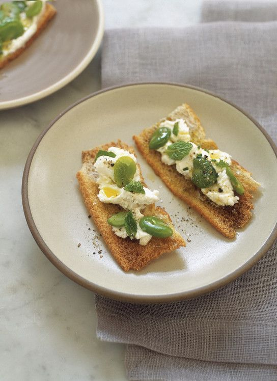 Crostini With Herbed Chevre And Kumquats Recipes — Dishmaps