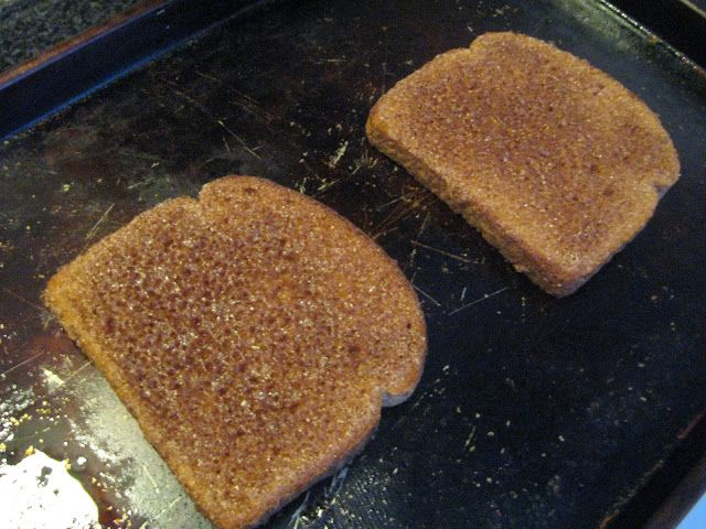 "The ""Correct"" way to make cinnamon toast 