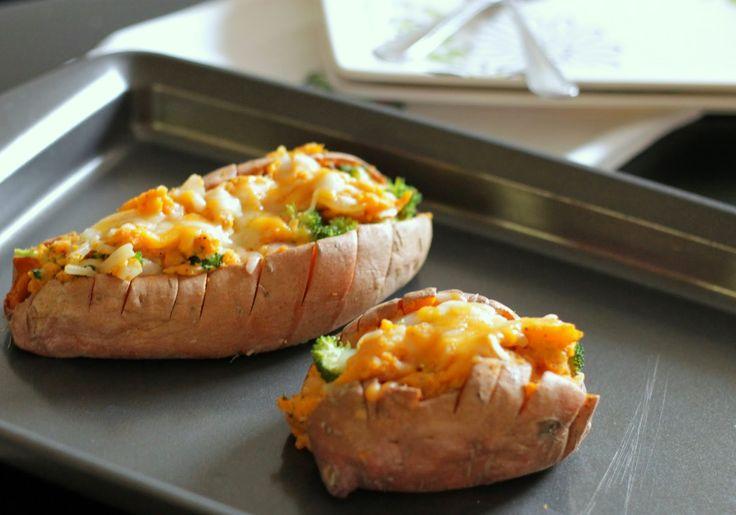 Broccoli and Cheese Twice Baked Sweet Potatoes} | Food | Pinterest