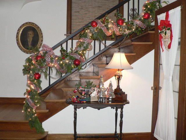 Christmas Staircase Decorations Seasonal Christmas Tis