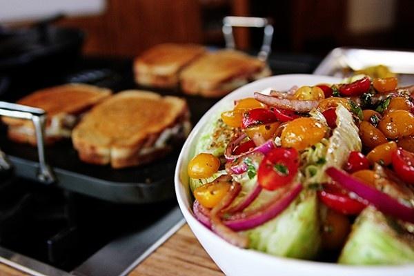 Quick-Marinated Cherry Tomato Salad - http://www.pinfoody.com/quick ...