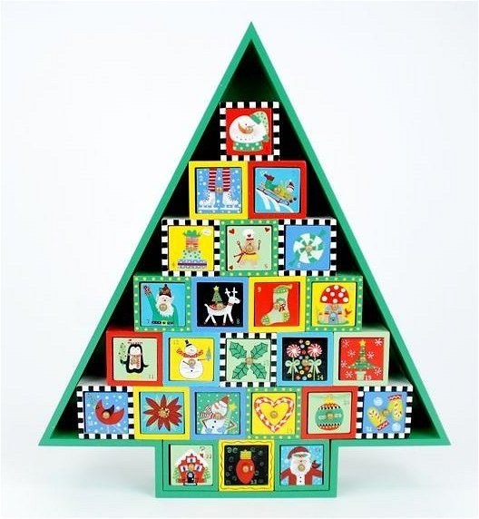 Wooden christmas tree advent calendar christmas pinterest How to build a wooden advent calendar
