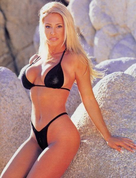 Pamela Paulshock Nude Pictures
