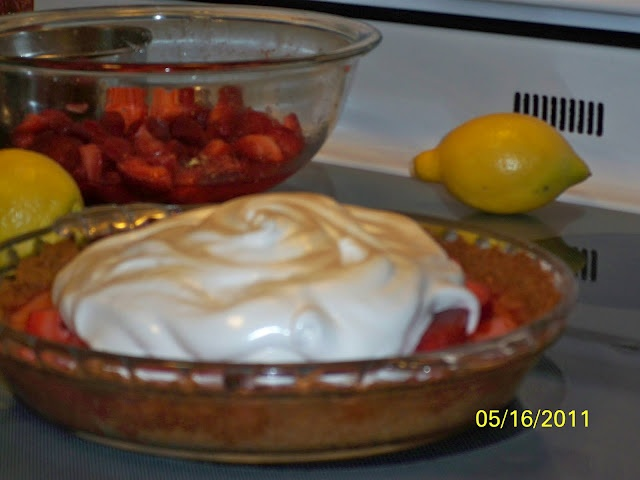 strawberry lemonade icebox pie | Recipes - Desserts | Pinterest
