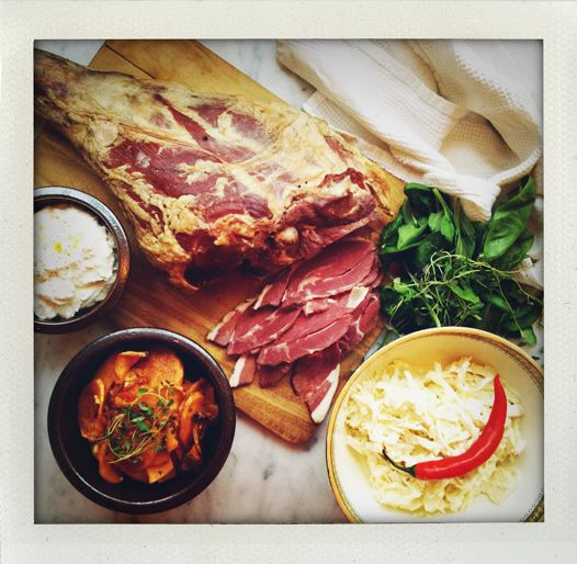 Smoked lamb with sweet potatoes gratin, coleslaw and chèvre fluff (I ...