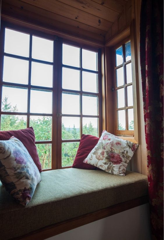 bay window reading nook good homes pinterest