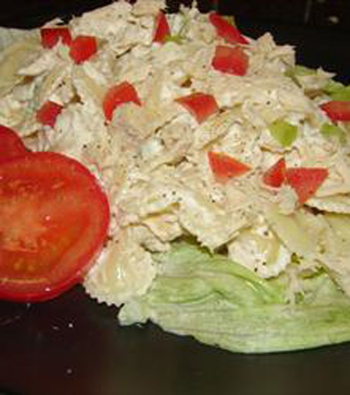 Cold Tuna Macaroni Salad Find more details at http://www.tunapastabake ...