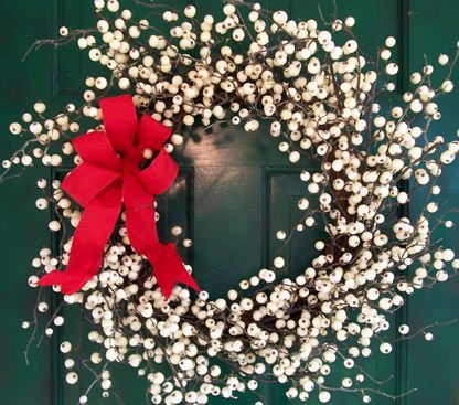 White winterberry wreath with bow creative decorations by ridgewood