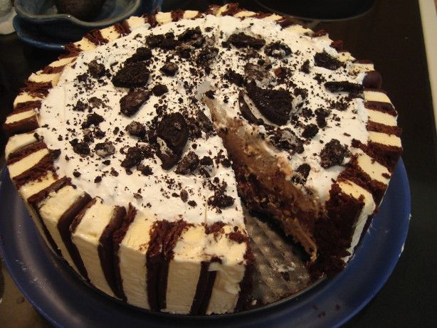 Layered ice cream cake recipe for Ice cream dessert recipes