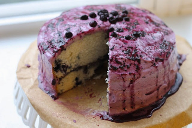 That's so Michelle...: Maple Blueberry Cake with Cream Cheese Frosting