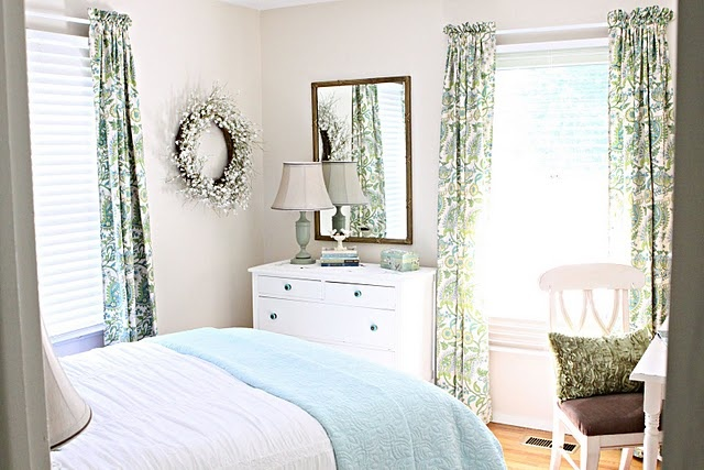 Beachy Shabby Chic Bedroom Beachy Decor Pinterest