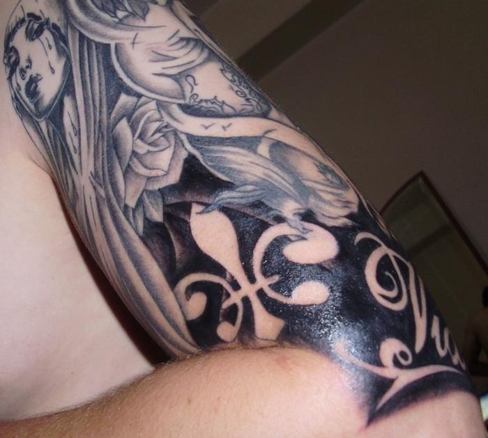 negative space fleur tattoo inkaholic pinterest. Black Bedroom Furniture Sets. Home Design Ideas
