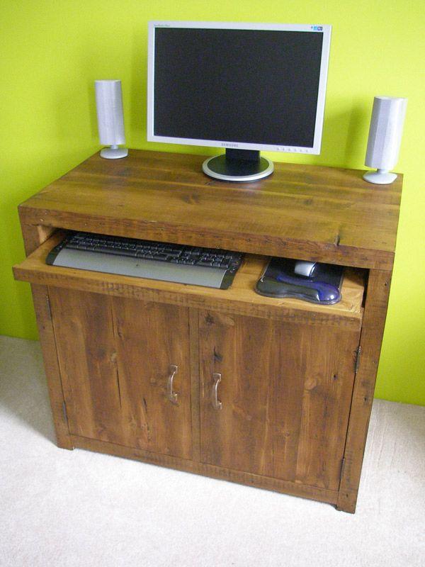 Wooden computer workstation #eatsleeplive #reclaimedwood #homeoffice
