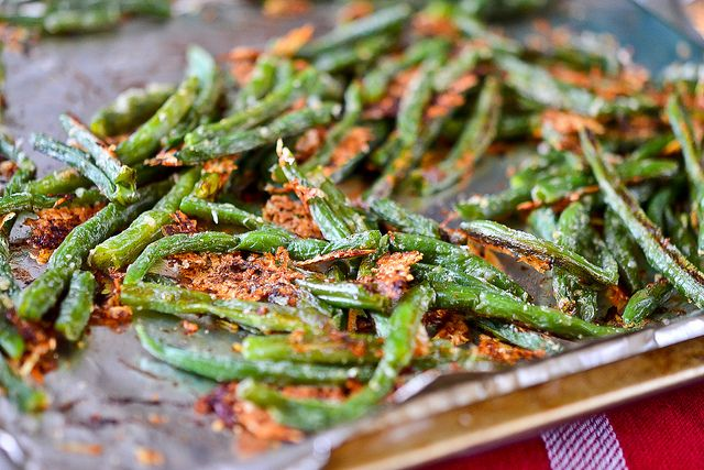 Baked Parmesan Green Beans by Full Fork Ahead, via Flickr