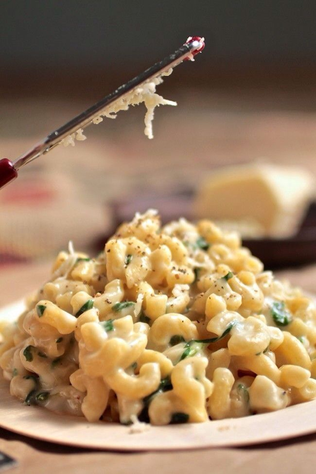 spinach mac and cheese | Mmmm...Yummm | Pinterest
