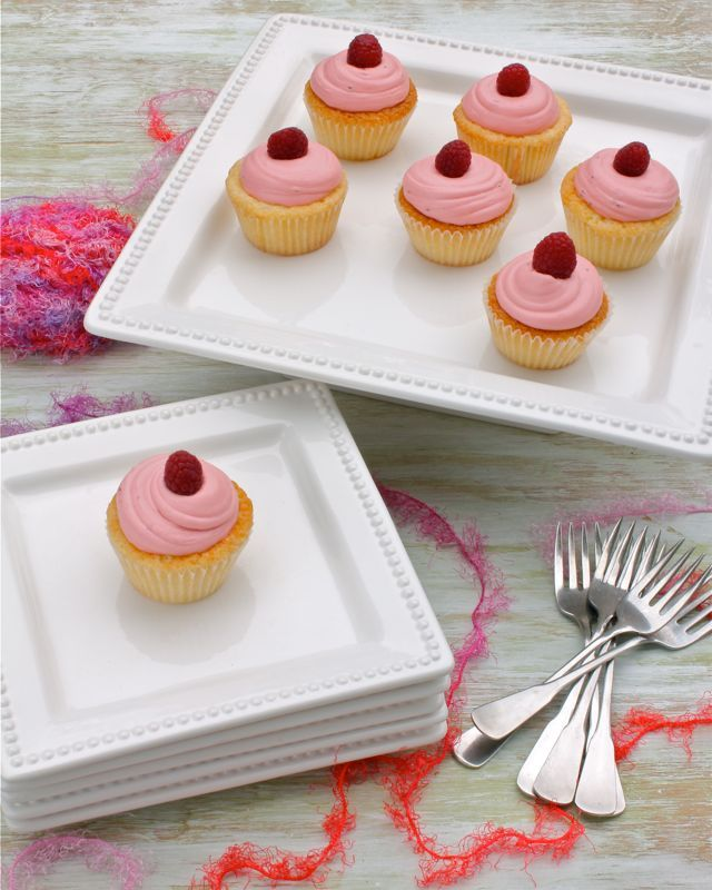 Raspberry Lemon Cupcakes! XOXO | A Spicy Perspective