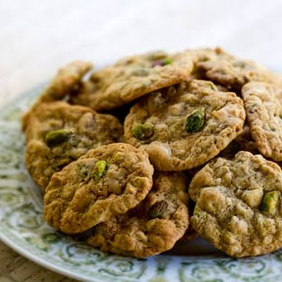 Pistachio White Chocolate Chip Cookies | Food | Pinterest