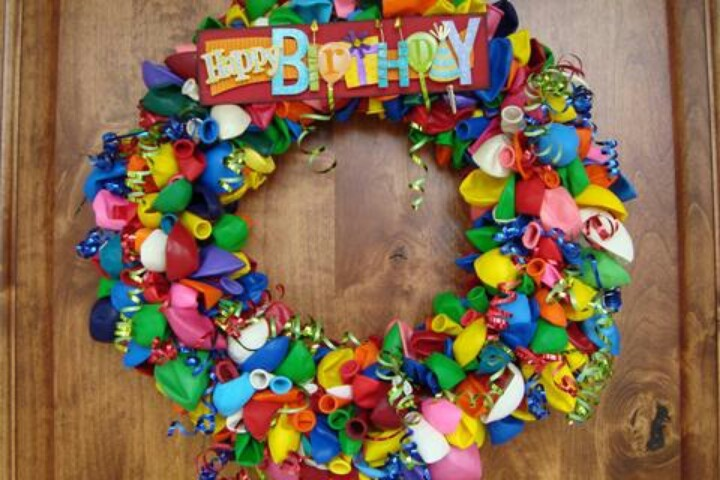 Happy birthday party decor ideas pinterest for Anniversary decoration images