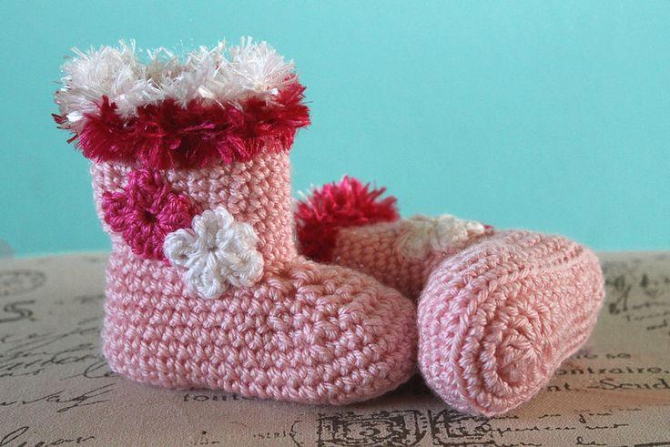 Crochet pattern pdf crochet baby girl christmas boots crochet