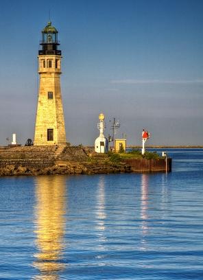 Buffalo Main Light ~Lake Erie Buffalo, New York