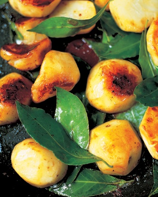 sautéd jerusalem artichokes with garlic and bay leaves