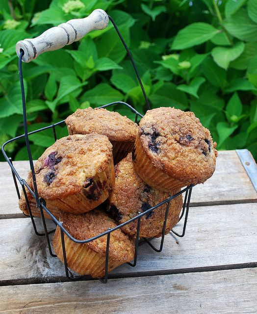 To Die For Blueberry Muffins (I think I'll switch up the veg oil and ...