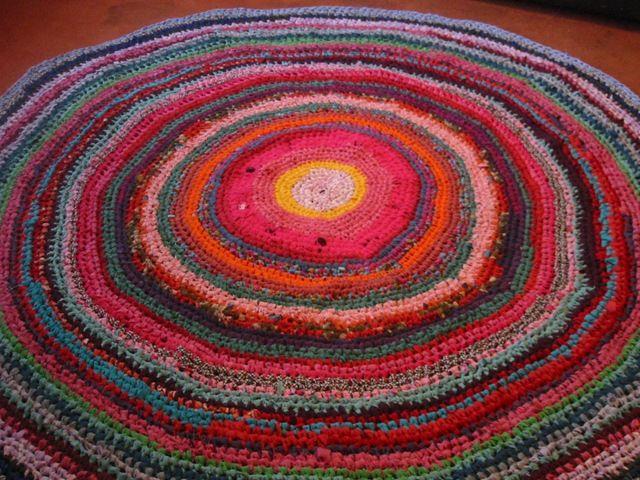 Crocheting Rag Rug Instructions : ... .blogspot.com.ar/2010/04/circular-crochet-rag-rug-instructions.html