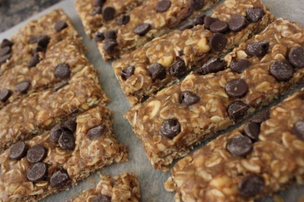 chocolate chip peanut granola bars | Snacks | Pinterest