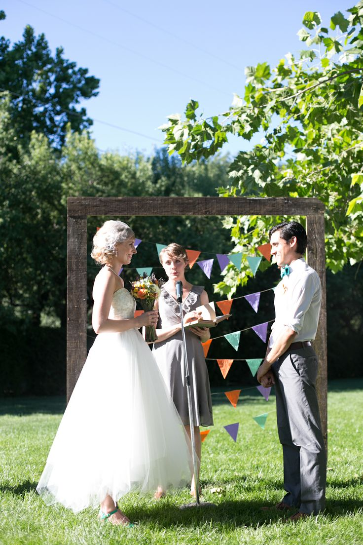 Wedding Ceremony In Backyard : love everything about this wedding Lots of DIYs!