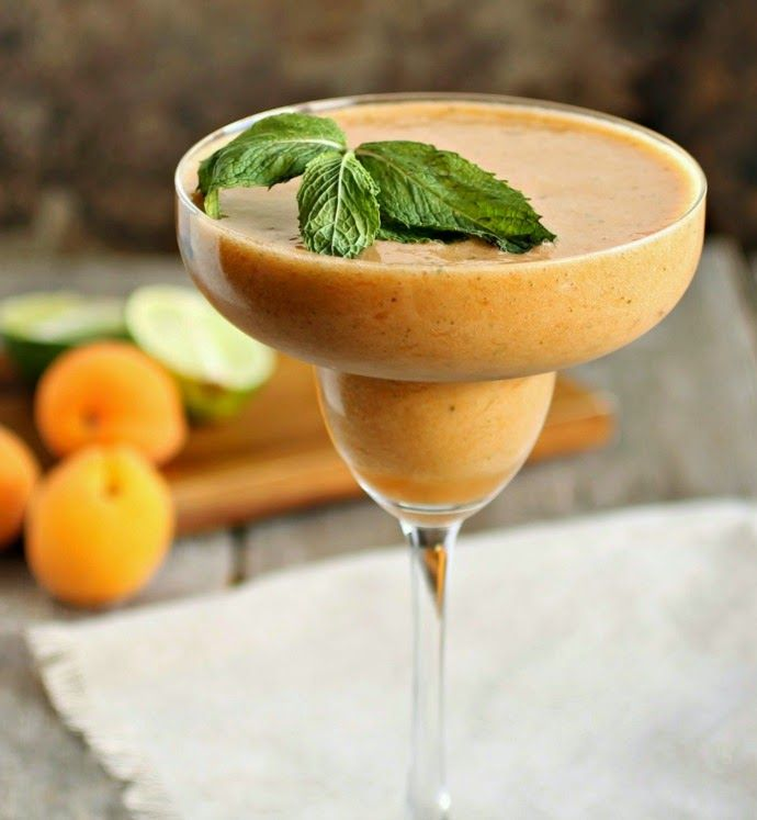... oz. Simple syrup 5 Sprigs of mint 6 Apricots, pitted Pinch of sea salt