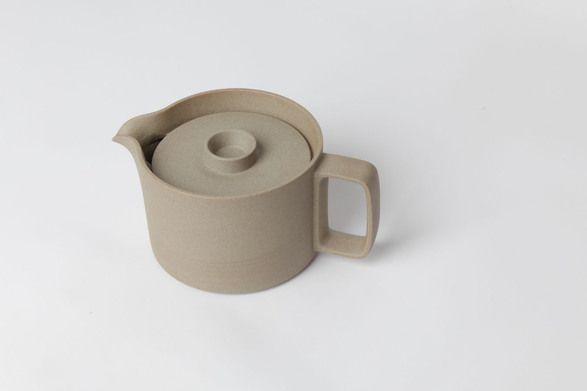 Hasami tea pot Totokaelo Art—Object