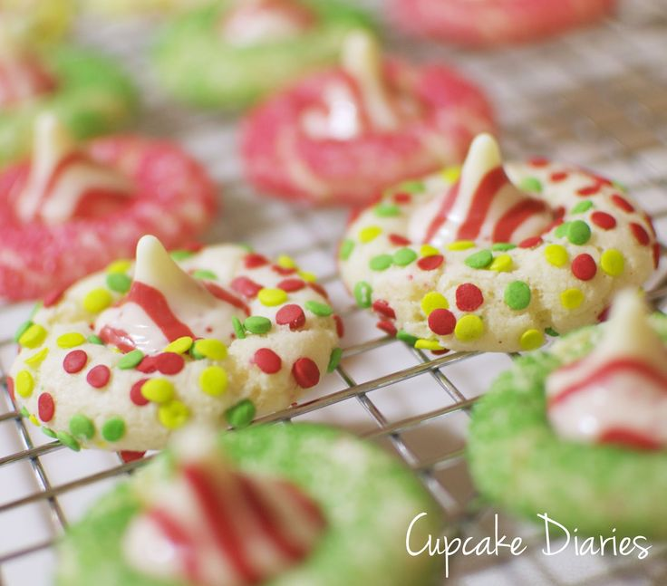 Candy cane blossoms fun
