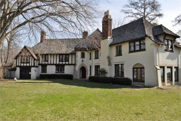 STANDOUT 1928 ENGLISH TUDOR | LUXURY HOMES