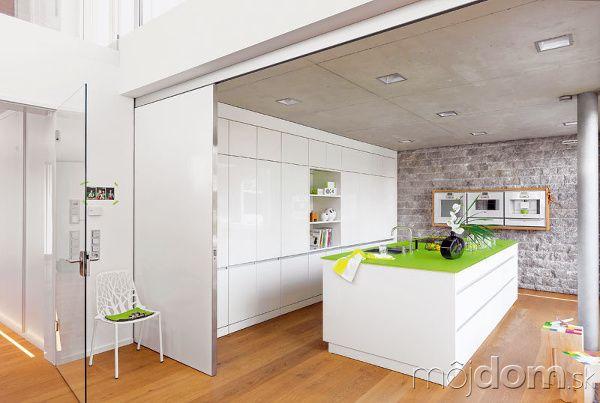 Pohľad do tejto kuchyne