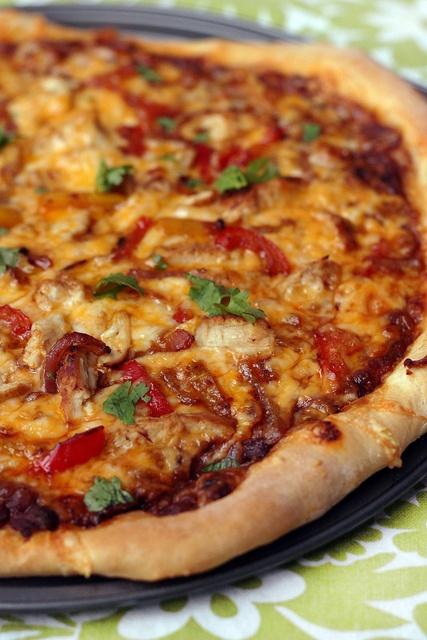 Chicken Fajita pizza | Yumminess! | Pinterest